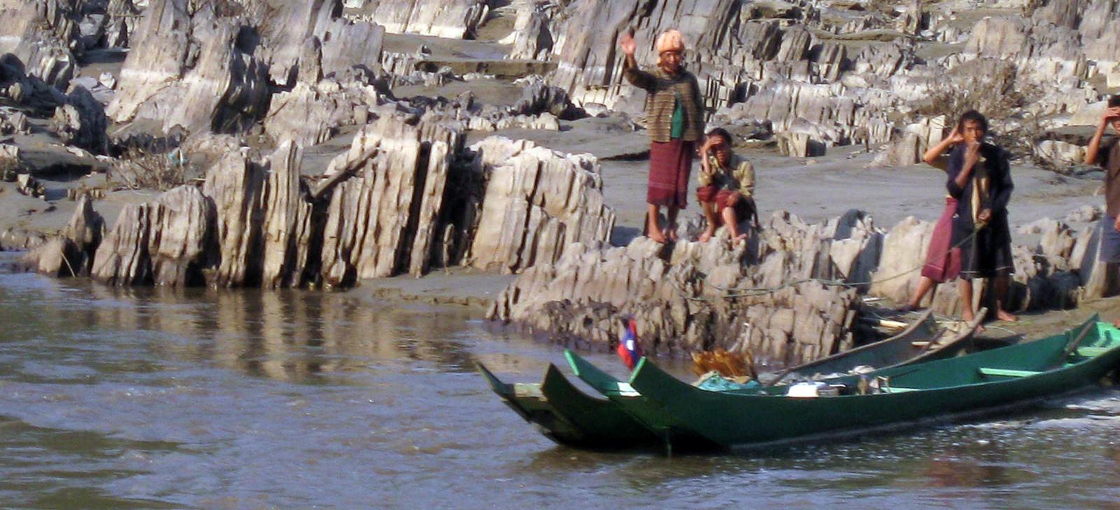 Fisherpeople along the Mekong - Laos