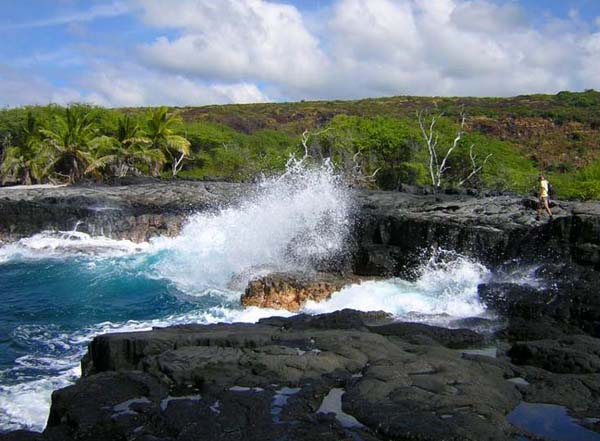 Kealakekua Bay in South Kona, Big Island of Hawaii, USA