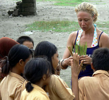 Delphine Robbe, Gili Eco Trust, teaching soil conservation on the Gili Islands, Indonesia