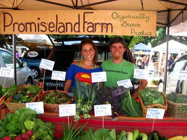 Organic farmers, Outdoor Growers Market in Grants Pass, Oregon, USA
