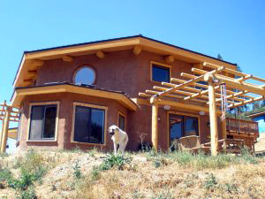 Straw-bale bakery building, Rise Up! Artisan Bread in Applegate Valley, Ore., USA