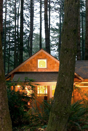 Earthsea cabin, WildSpring Guest Habitat in Port Orford, Ore., USA