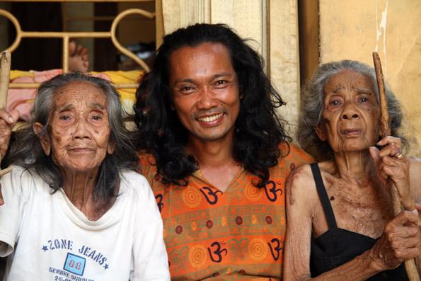 Zanzan, OMunity Bali in Sudaji, Bali, Indonesia