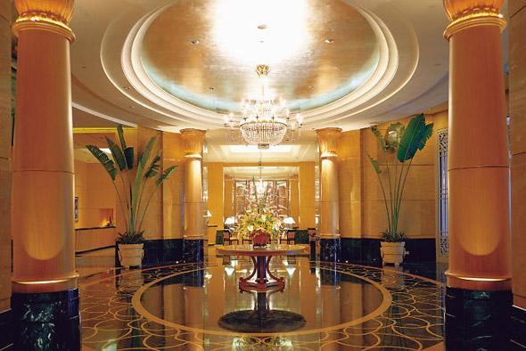 Sleeping around in eco-luxe Kuala Lumpur - Mandarin Oriental lobby