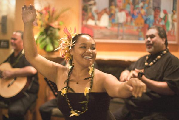 Hula, Paniolo Bar, Travaasa Hana - Hana, Maui, USA